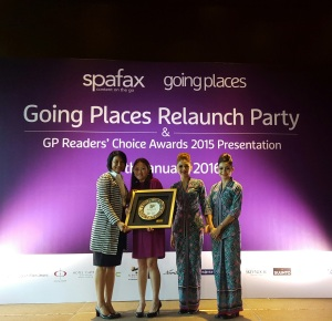 Director of Sales & Marketing, Angeline Lue (left) is all smiles after accepting the 'Best Convention Centre' at the inaugural Going Places Readers' Choice Awards 2015